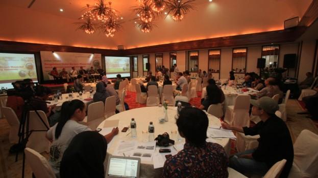 Diskusi Terbats Pengelolaan Hutan (1)