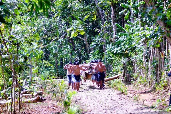 Warga adat Kajang, yang ketata menjaga alam hingga hutan terjaga dengan baik. Perda Masyarakat Adat Kajang tengah proses. Foto: Wahyu Chandra