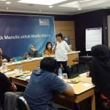 """Foto: Pelatihan Komunikasi """"Teknik Menulis untuk Media Massa"""" bersama Maria Hartiningsih di Jakarta"""